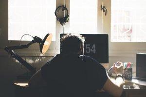 8 consejos para manejar el estrés de trabajar desde casa